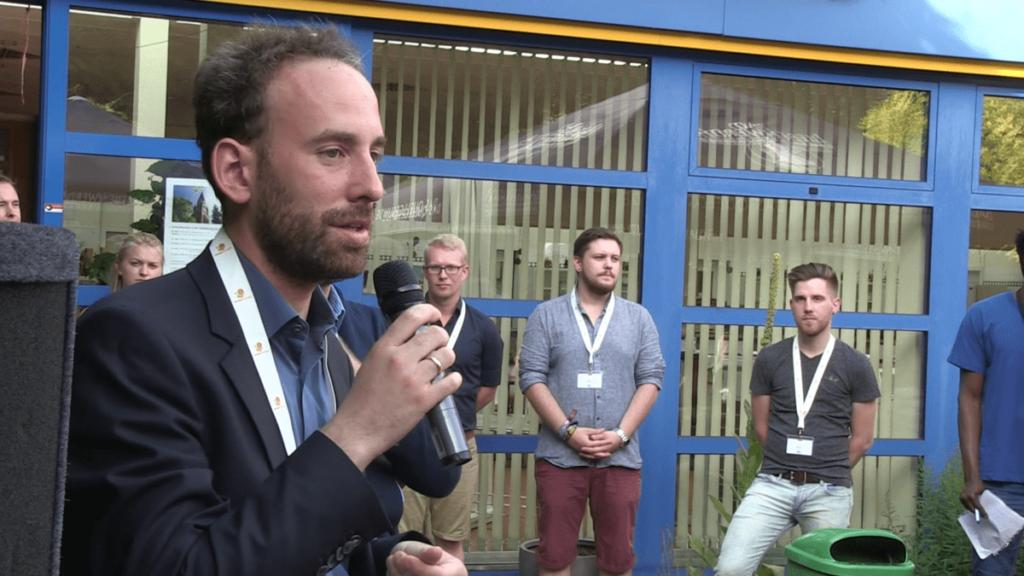 Jochen Dahm eröffnete die Sommeruniversität